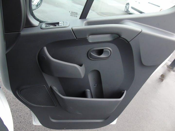 Vauxhall Movano 2.3 CDTi 3500 Biturbo Edition Panel Van 5dr Diesel Manual FWD L3 H2 Eu6 (135 Ps)   MT70YVA   Photo 8