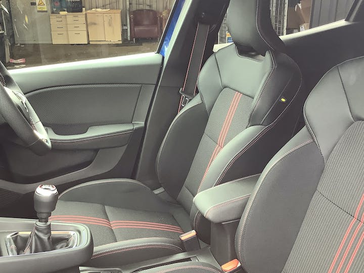 Renault Clio 1.0 Tce RS Line Hatchback 5dr Petrol Manual (s/s) (90 Ps) | MW21VFL | Photo 8