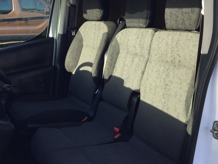 Peugeot Partner 1.6 Bluehdi Professional L1 Panel Van 5dr Diesel Manual (112 G/km, 97.64 Bhp) | NU67ARF | Photo 8