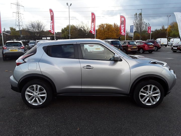 Nissan Juke 1.2 Dig T Acenta SUV 5dr Petrol (s/s) (115 Ps) | YL67XRX | Photo 8