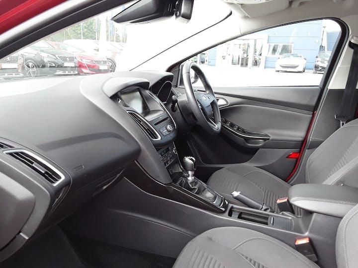 Ford Focus 1.5 TDCi 120PS Titanium 5dr | BC66EWV | Photo 9