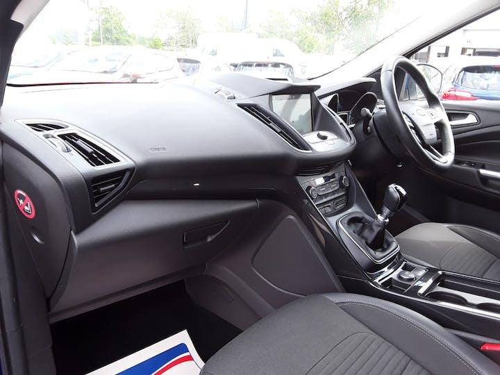 Ford Kuga 1.5 TDCi Titanium 5dr   MA17PNE   Photo 9