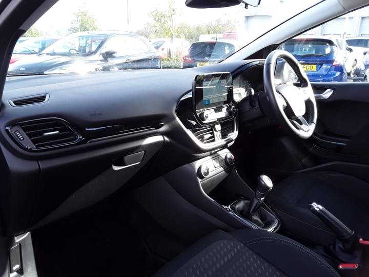 Ford Fiesta 1.1 Ti Vct Zetec Hatchback 3dr Petrol Manual (s/s) (85 Ps) | MA18ZKO | Photo 9