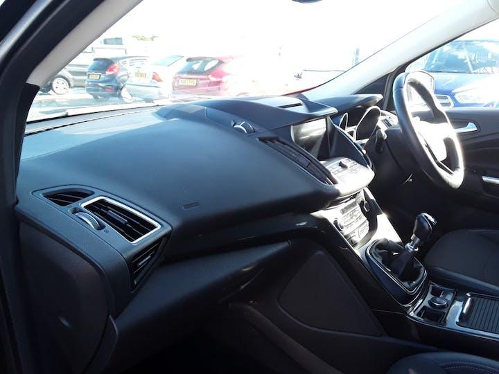Ford Kuga 2.0 TDCi Titanium SUV 5dr Diesel Manual (s/s) (150 Ps) | MA67HHJ | Photo 9
