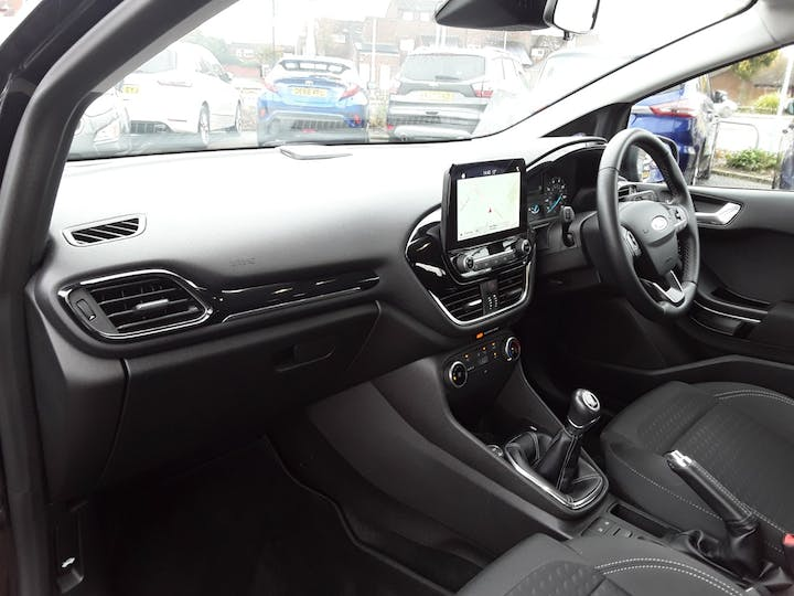 Ford Fiesta 1.1 Ti Vct Zetec Hatchback 5dr Petrol Manual (s/s) (85 Ps) | MF68OZX | Photo 9