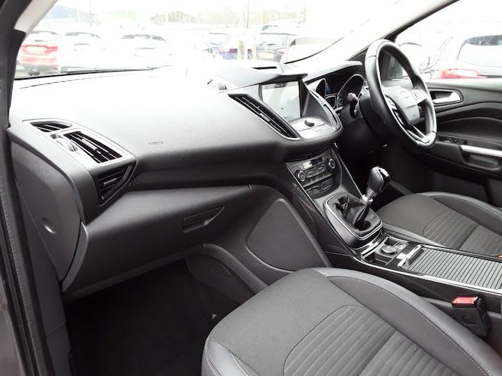 Ford Kuga 1.5 TDCi Titanium 5dr 2wd | ML67FBF | Photo 9