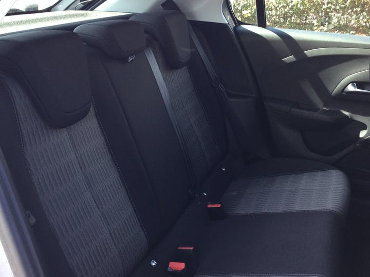 Vauxhall Corsa 1.2 SE Hatchback 5dr Petrol Manual (75 Ps) | RJ69OES | Photo 9
