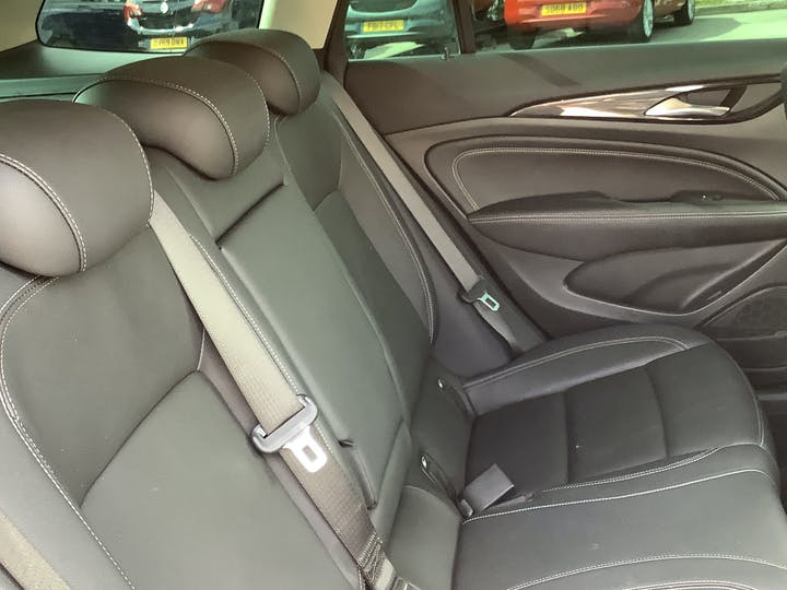 Vauxhall Insignia 1.6 Turbo D Ecotec Elite Nav Sports Tourer 5dr Diesel (s/s) (136 Ps)   VA18DLZ   Photo 9