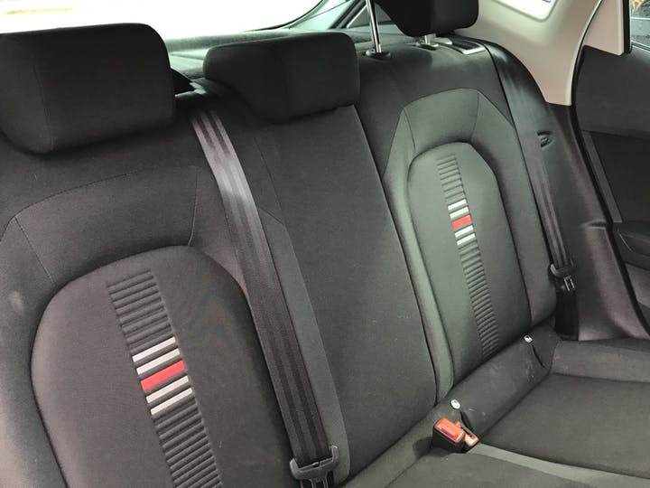 SEAT Ibiza 1.0 Tsi Fr Hatchback 5dr Petrol Manual (s/s) Gpf (95 Ps) | YG19JDS | Photo 9